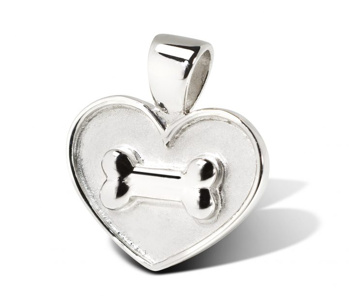 5-bone-on-heart-pendt